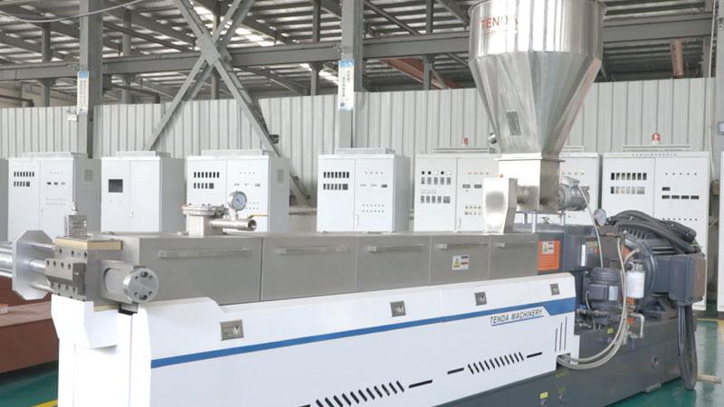 TSH65P Twin Screw Granulator Machine Manufacturer